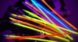 荧光棒属于什么垃圾 荧光棒垃圾对人体有害吗?